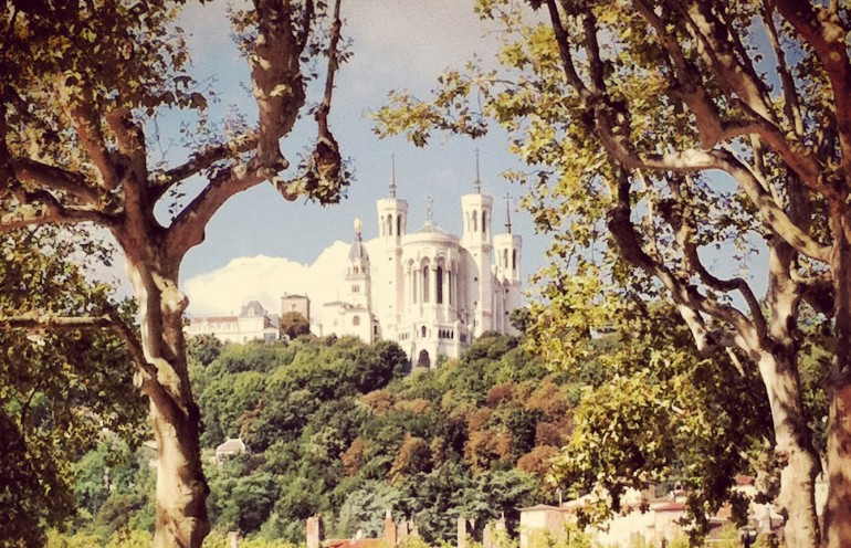 10 free things to do in lyon slo living hostel. Black Bedroom Furniture Sets. Home Design Ideas